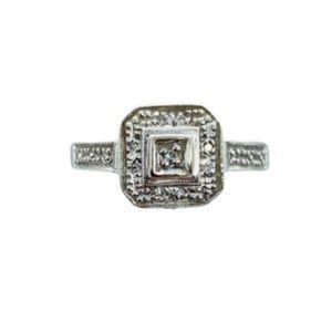 Pre❤️ 10k diamond ring